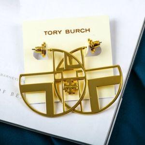 Nwot 🎉HP Tory Burch earrings in gold